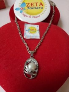 Kalung Liontin Stainless Oval